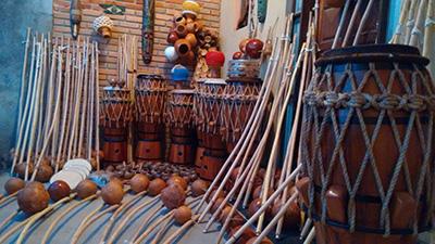 Mestre-Negao_instruments_2